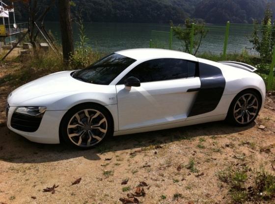 HyeSung's Audi R8
